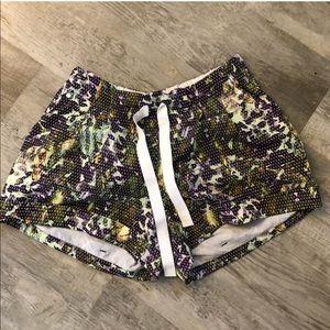 Lululemon Shorts! size 8